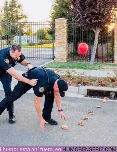 41943 - Pennywise intentando engañar a la policía