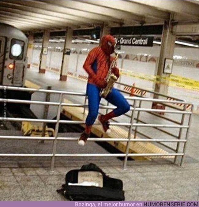 42451 - La vida fuera del universo MCU es dura, por eso Spiderman ha vuelto donde nunca debió salir