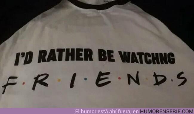 42585 - El error ortográfico de Primark en su nueva camiseta sobre 'Friends'