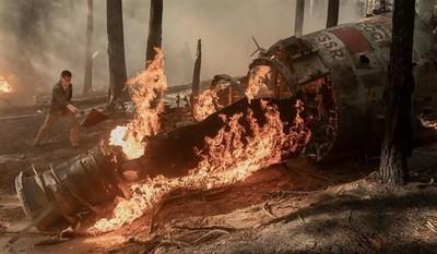 42898 - The Walking Dead: La importancia de la caída del satélite en el 10x01