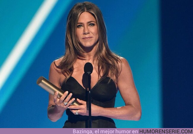 43907 - Jennifer Aniston dedica un emotivo mensaje a sus amigos de Friends en los People's Choice Awards