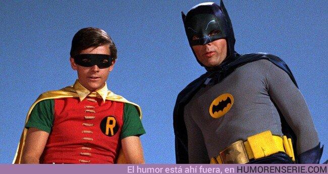 46026 - El actor de Robin en la serie de Batman explica que le hicieron tomar pastillas para encoger los genitales