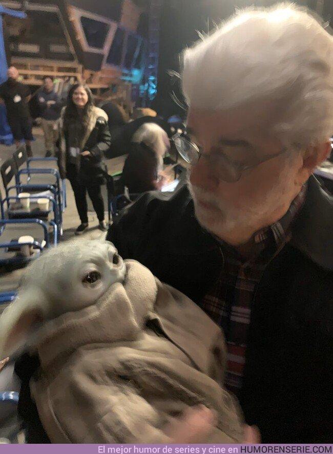 46175 - El momento en el que George Lucas conoce a Baby Yoda