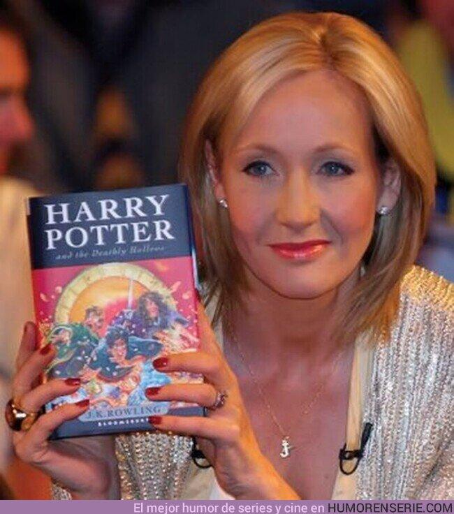 """54954 - 21 de julio de 2007: Hace 13 años, se publica """"Harry Potter y las Reliquias de la Muerte""""."""