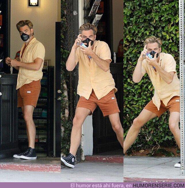 55488 - Chris Pine jugando a ser paparazzi