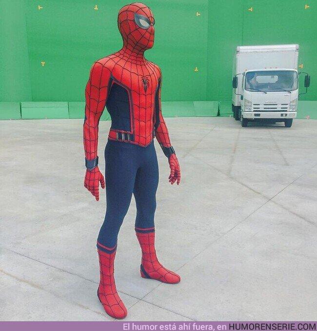 55769 - Primer traje de Spider-Man descartado en el UCM, desde el set de Civil War