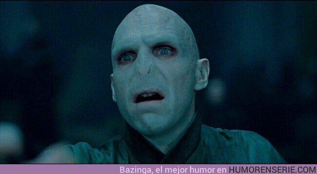 66839 - ¿Por qué Voldemort usa Twitter y no Facebook? Porque solo tiene seguidores, no amigos
