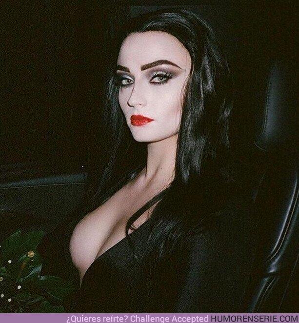 67207 - ¿Hola, Netflix? ¿Necesitan una candidata con ADN Addams para su serie de Merlina?