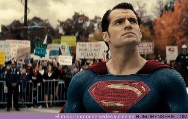 70402 - ¿Sabéis por qué Superman se queda a veces pensativo? Porque esta Cavillando. Por @Croquettone