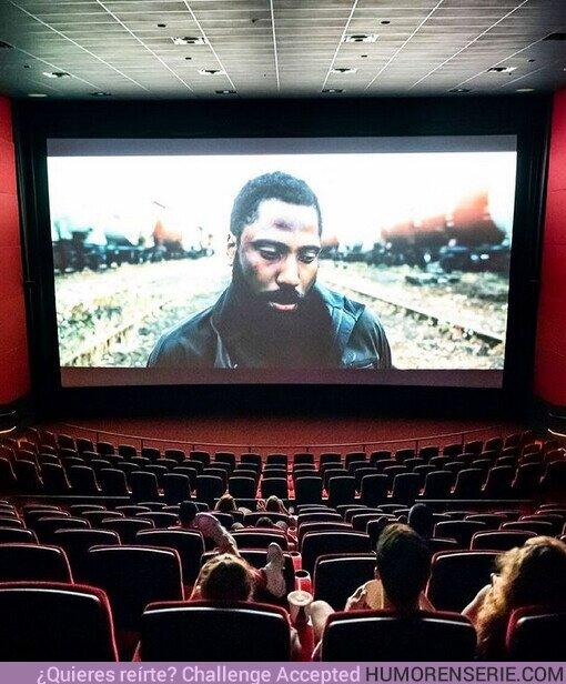 72010 - ¿Qué es lo que más echas de menos de ir al cine?