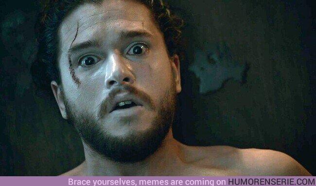 73052 - ¿Recordáis la ilusión que nos hizo a todos ver resucitar a Jon Snow para que luego acabara no haciendo nada ?