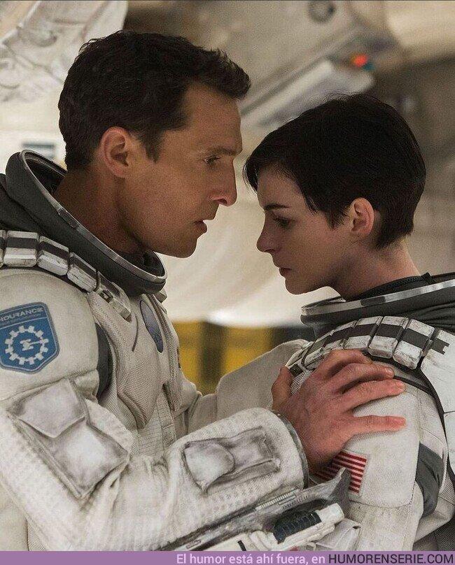 74704 - 'El amor es lo único que somos capaces de percibir que trasciende las dimensiones del tiempo y del espacio.'Interstellar, 2014