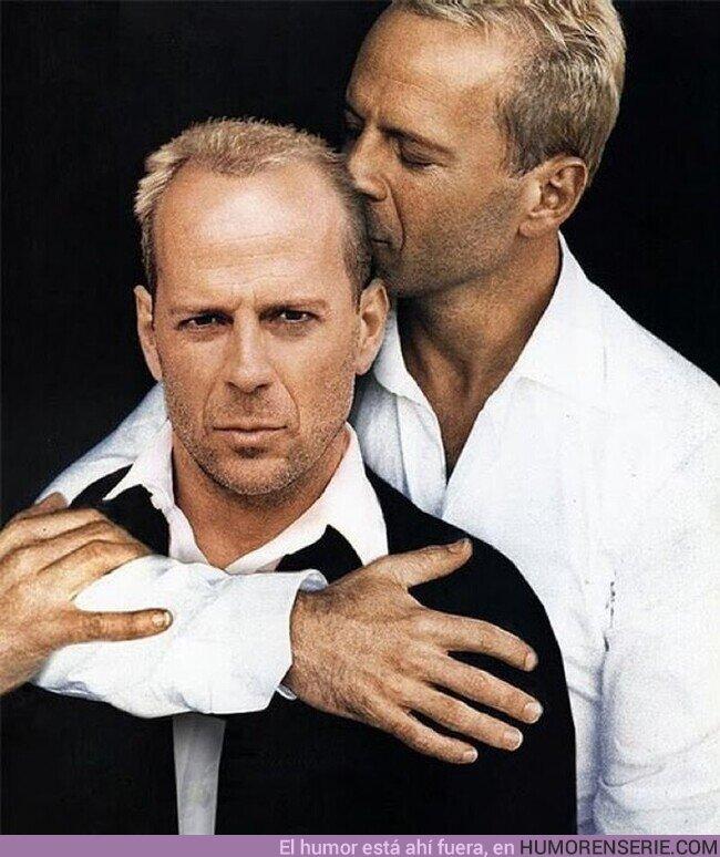 75438 - - ¿Te has puesto perfume, Bruce?- Claro.- Qué bien Willis, por @TirodeGraciah