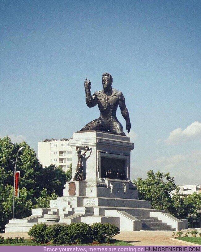 76178 - ¿Sabías que existe una estatua de Tony Stark?