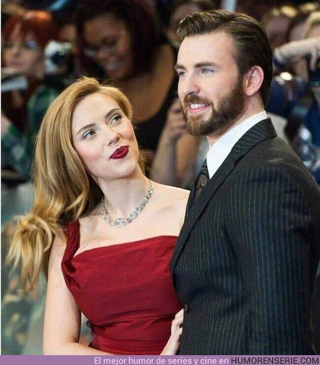 76352 - Alguien que te mire como Scarlett Johansson mira a Chris Evans.