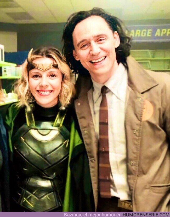 76734 - Sophia Di Martino y Tom Hiddleston detrás de las cámaras de Loki
