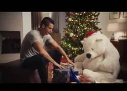 Enlace a WTF: Cristiano Ronaldo hace una parodia de Solo en Casa en este anuncio