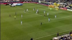 Enlace a Golazo de David Villa desde medio campo en la MLS