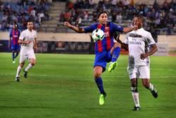Enlace a Así fue el espectáculo de Ronaldinho que vuelve con un hat-trick de asistencias ante el Madrid