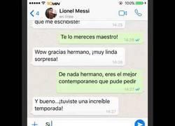 Enlace a Los whatsapps entre Cristiano y Messi el día de su cumpleaños