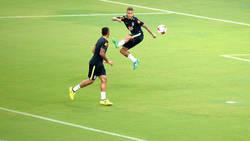 Enlace a El asombroso calentamiento de Gabriel Jesus y Neymar con Brasil
