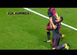 Enlace a El tremendo gol del Arsenal en UEFA