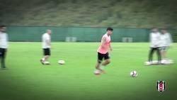 Enlace a Quaresma dejando claro quién es el rey del gol con el exterior en el Besiktas