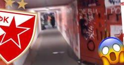 Enlace a Los jugadores del Napoli tendrán que pasar por este túnel esta noche para jugar contra el Estrella Roja. Miedo es poco