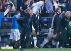 Enlace a Lo amas o lo odias. Celebración de Mourinho 2010 vs celebración de Mourinho 2018