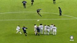 Enlace a El día que Adriano casi perfora la portería del Real Madrid con este cañonazo