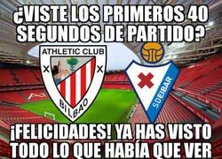 Enlace a El Athletic vence por la mínima al Eibar con un gol a los 40 segundos