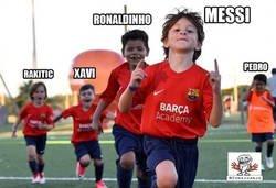 Enlace a Las reencarnaciones de Messi, Ronaldinho y compañía ya está pasando en el FC Barcelona