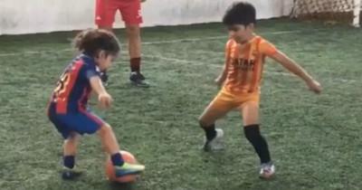 1066245 - El prodigio sobreentrenado de 5 años 'ficha' por el Barcelona y ya regatea a lo Messi