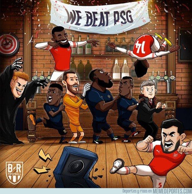 1067612 - El Arsenal aguó la fiesta en la que seguía el United, por @brfootball