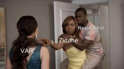 Enlace a Zidane vuelve para salvar al Madrid