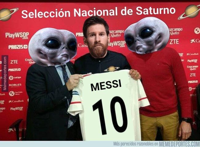 1068806 - Messi llegando a la concentración de su selección