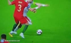 Enlace a Nuestro Pepe no ha cambiado y le dejó un tatuaje en alto relieve a Tadic