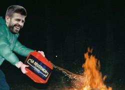 Enlace a Piqué utilizó a Broncano para calentar el derbi