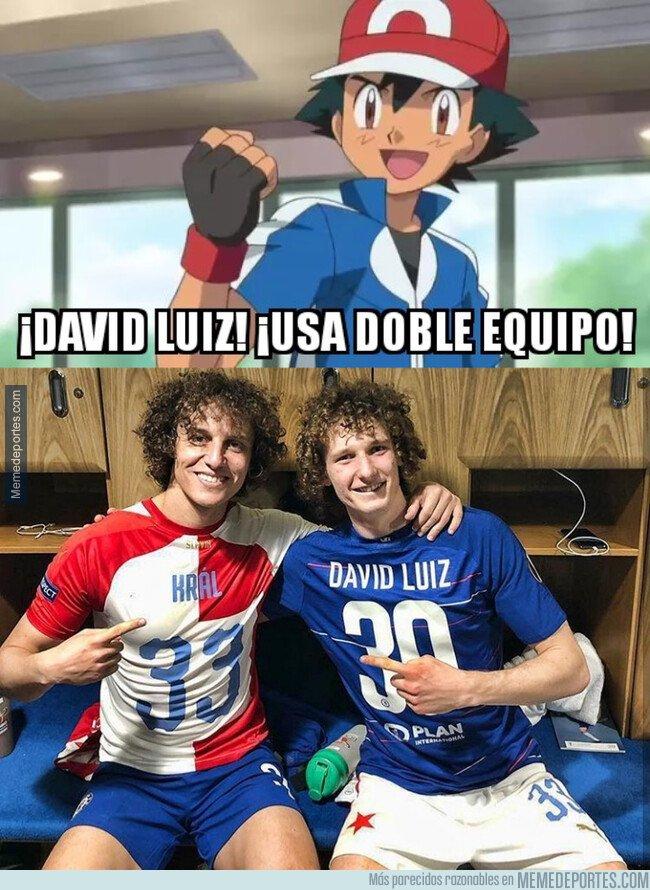 1072073 - David Luiz encontró a su doble en el Slavia de Praga