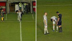 Enlace a Iba a entrar al campo pero el jugador al que reemplazaba lo lesionó