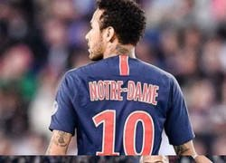 Enlace a El gran detalle del PSG en su indumentaria con Notre Dame