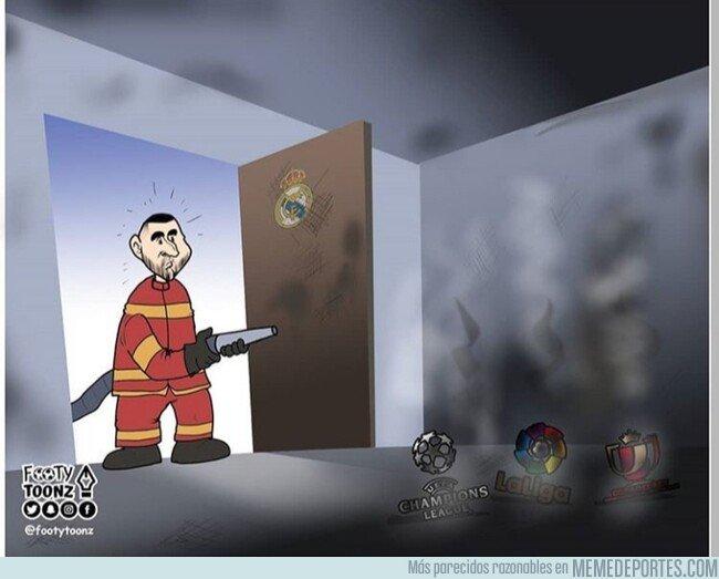 1072332 - El salvador Benzema llega tarde, por @footytoonz