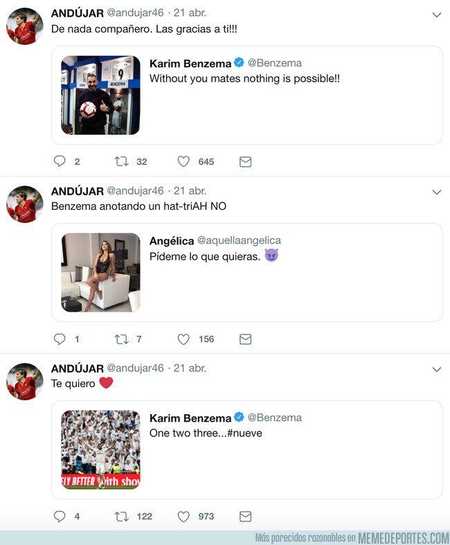 1072378 - Twittero hizo una promesa relacionada con los goles de Benzema, y tuvo que cumplirla