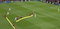 Enlace a El United reinventando el fútbol con su nueva formación en forma de T