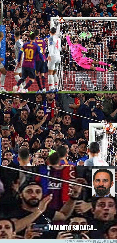 1073359 - ¿Que hacía Santiago Abascal viendo el partido del Barça?