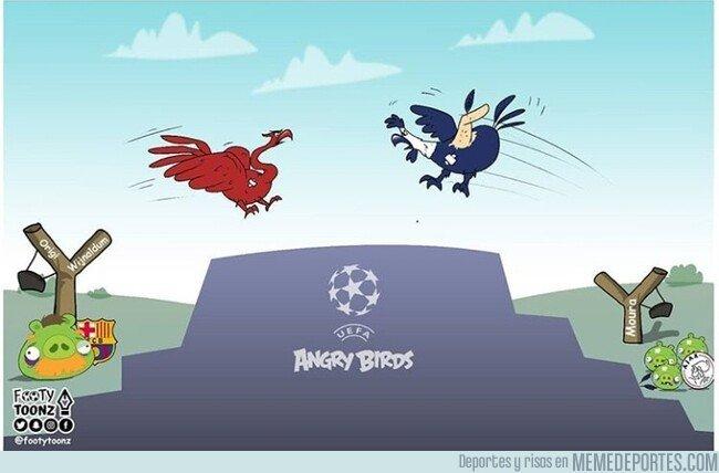 1074520 - Batalla de 'gallos' en Madrid, por @footytoonz
