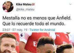 Enlace a A los 'gunners' les encanta el sentido del humor de Kike Mateu