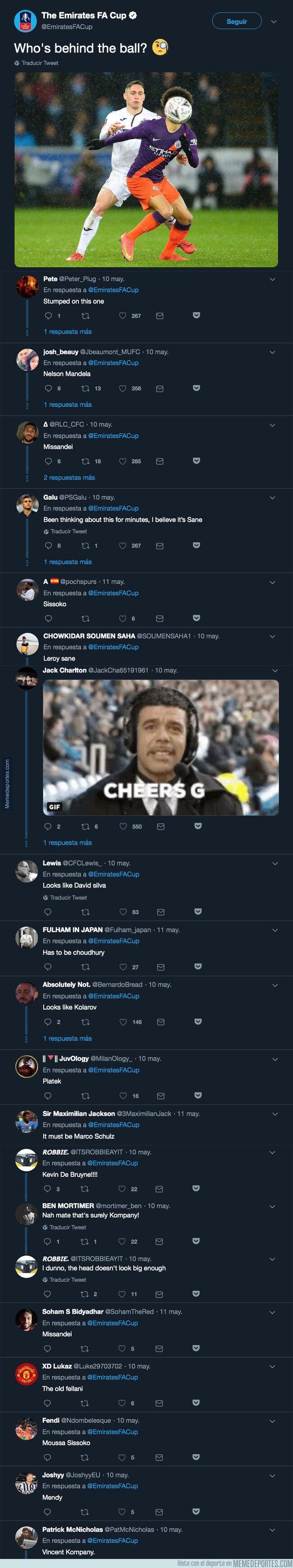 1074890 - La 'FA' pregunta quién se encuentra detrás del balón y todos los aficionados responden con ironía