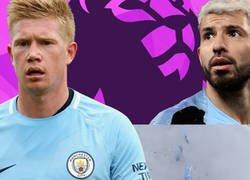 Enlace a El video-sketch del Manchester City donde se les cae el trofeo de liga por el balcón