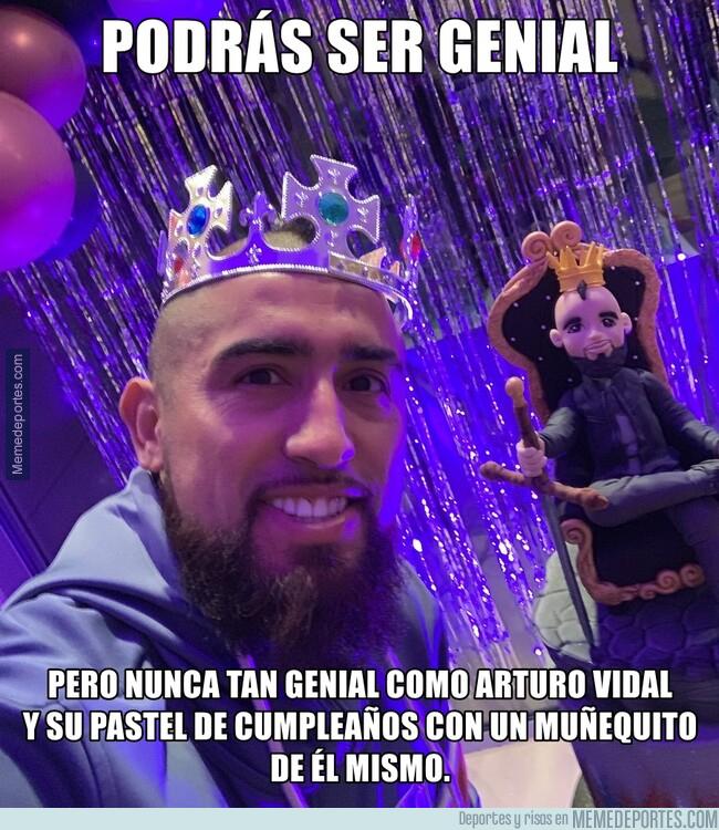 1075901 - El pastel de cumpleaños de Arturo Vidal es otro nivel